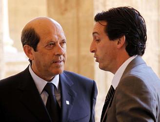 Manuel Llorente, nuevo presidente del Valencia CF, con Unai Emery