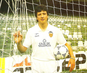Lubo Penev llegó al Valencia esta temporada y se convirtió en un ídolo para la afición