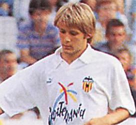 Gaizka Mendieta llegó al Valencia para convertirse, años después, en un ídolo